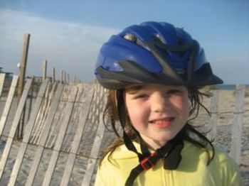 Tessie_with_dads_helmet