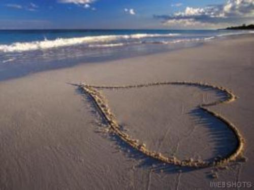 Heart_sand_2