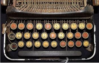 Old_typewriter_3