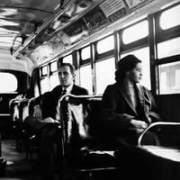 Rosa_parks_on_bus