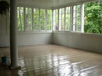 White_room2